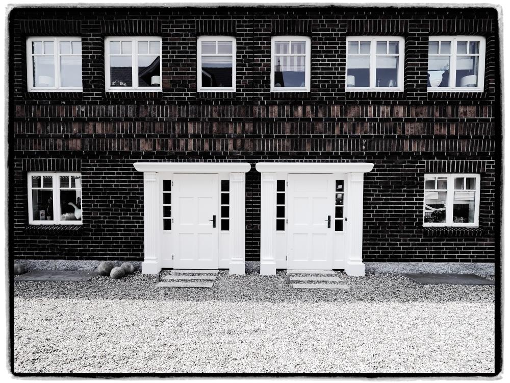 dabei sein oder nicht das ist hier die frage interim. Black Bedroom Furniture Sets. Home Design Ideas
